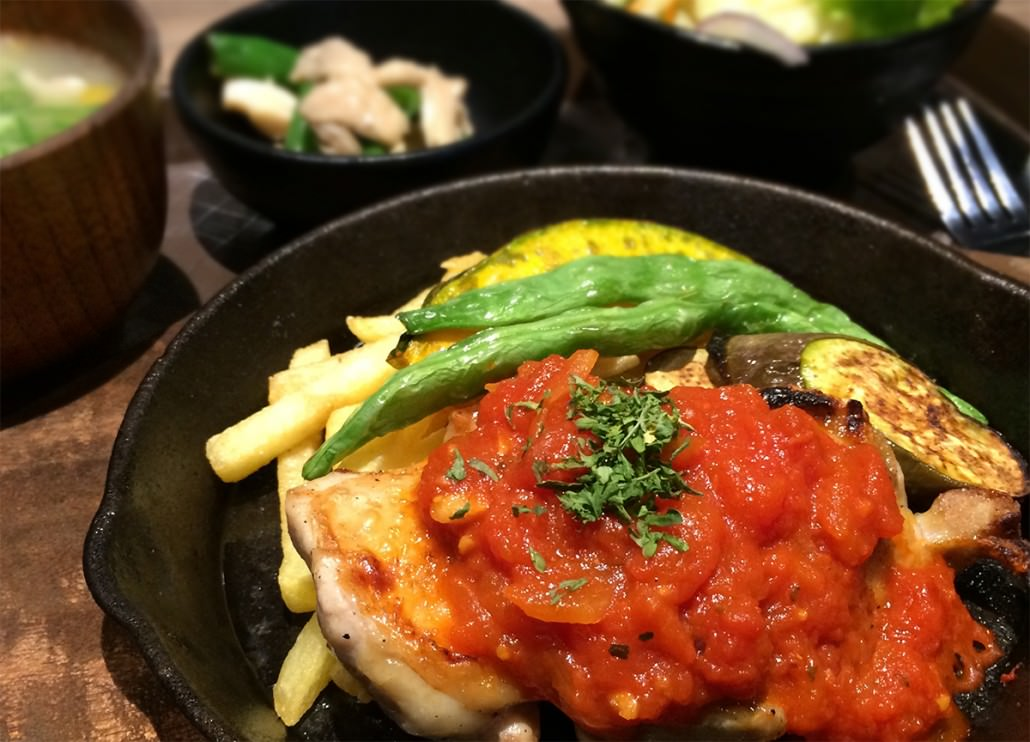 Chicken with Tomato Source (2103)