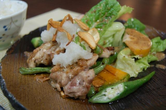 Grilled Chicken,Grained Japanese Radish Sause (2086)