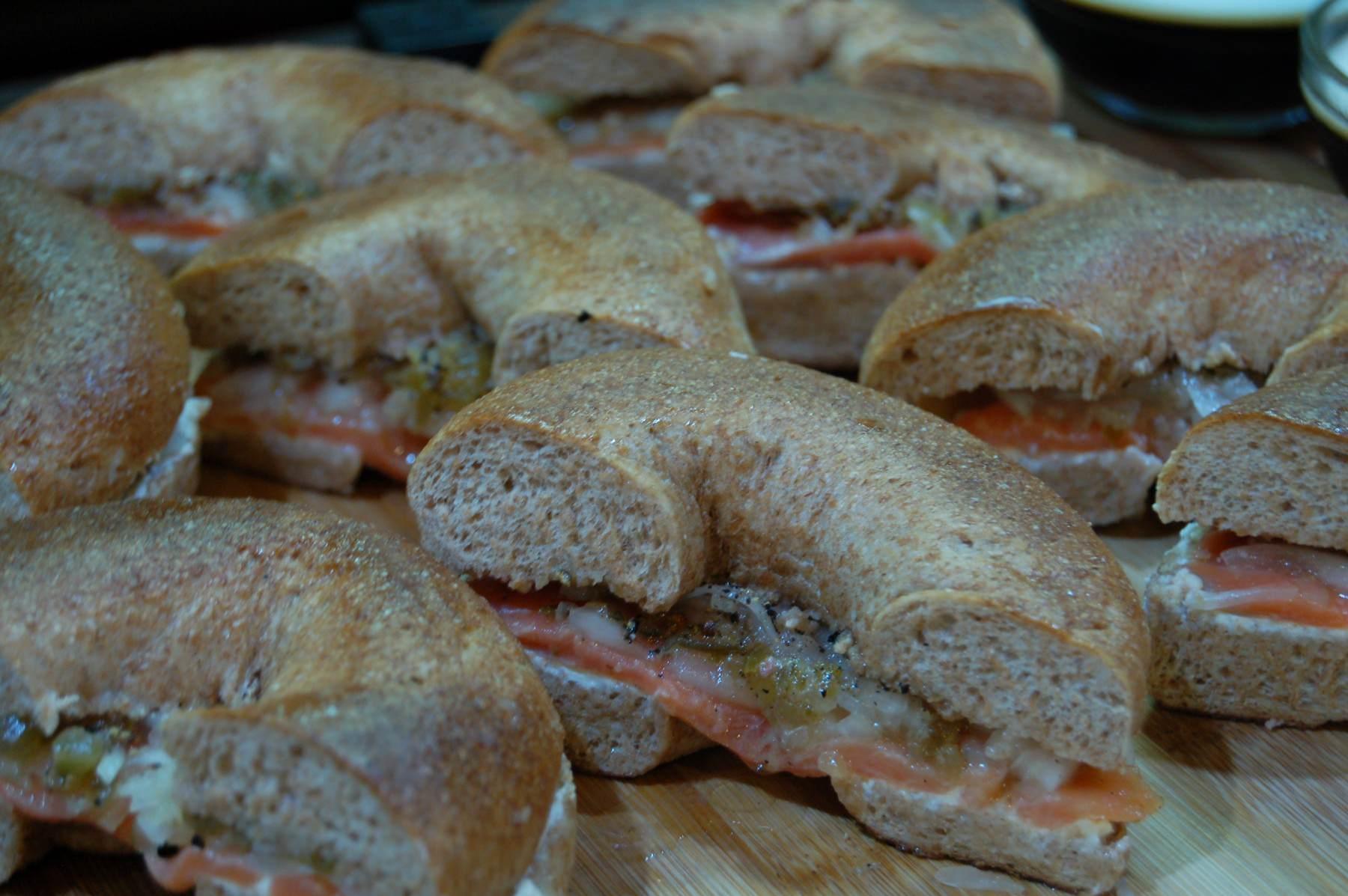 Salmon Bagel Sandwich (4208)
